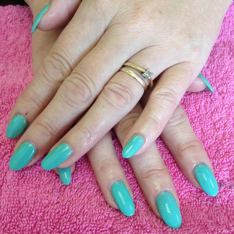 Acrylics with Gelish - Mint Spring