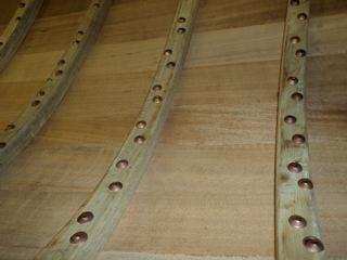 Aft split frames with rivets