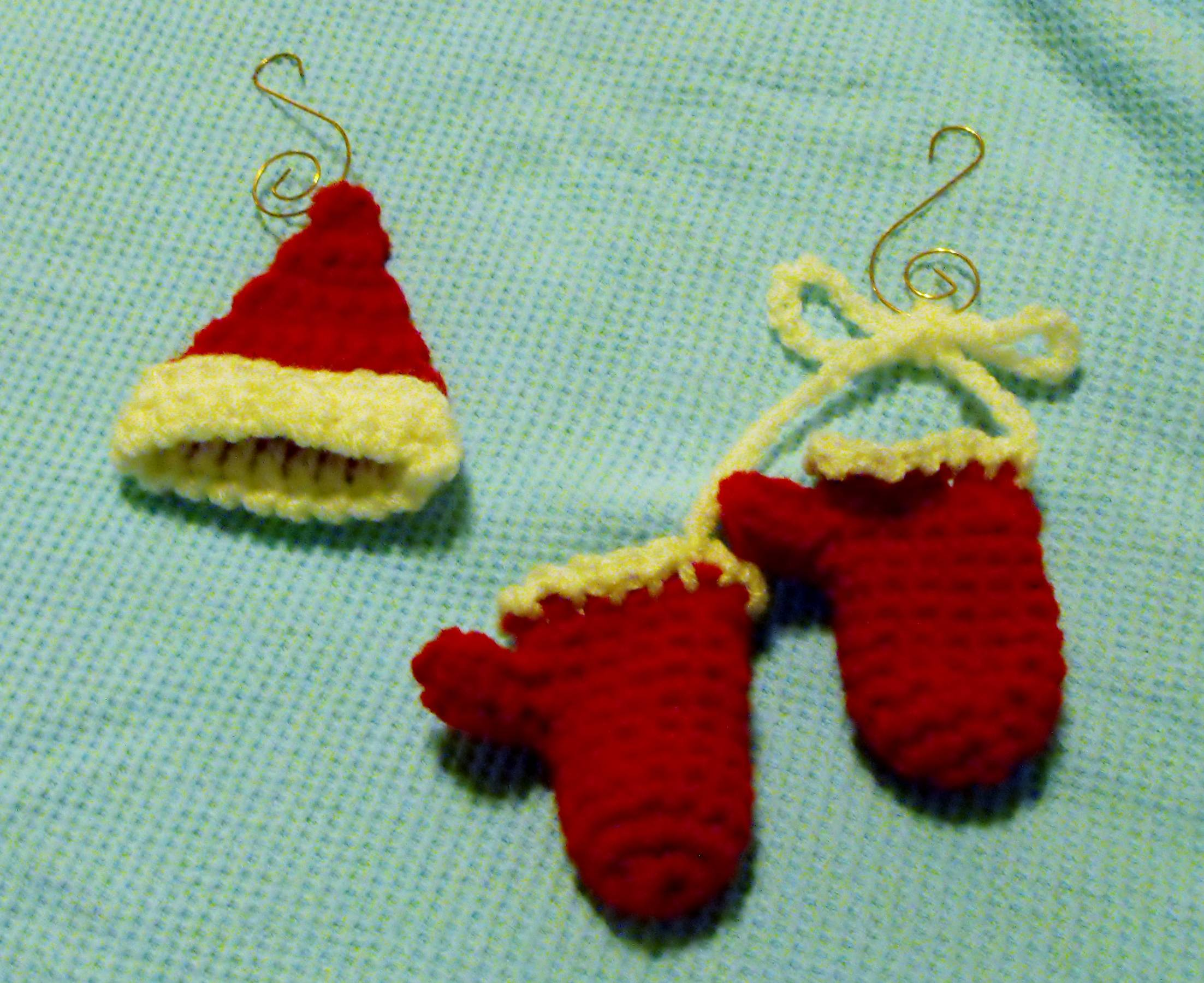 Winter Hat and Mittens Ornament