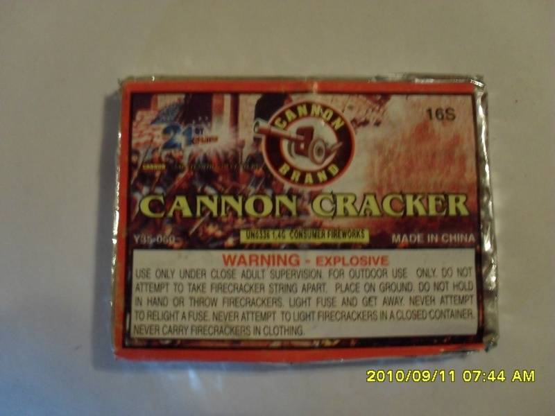 CANNON CRACKER FIRECRACKER PACKS - 16 LINKED CRACKERS
