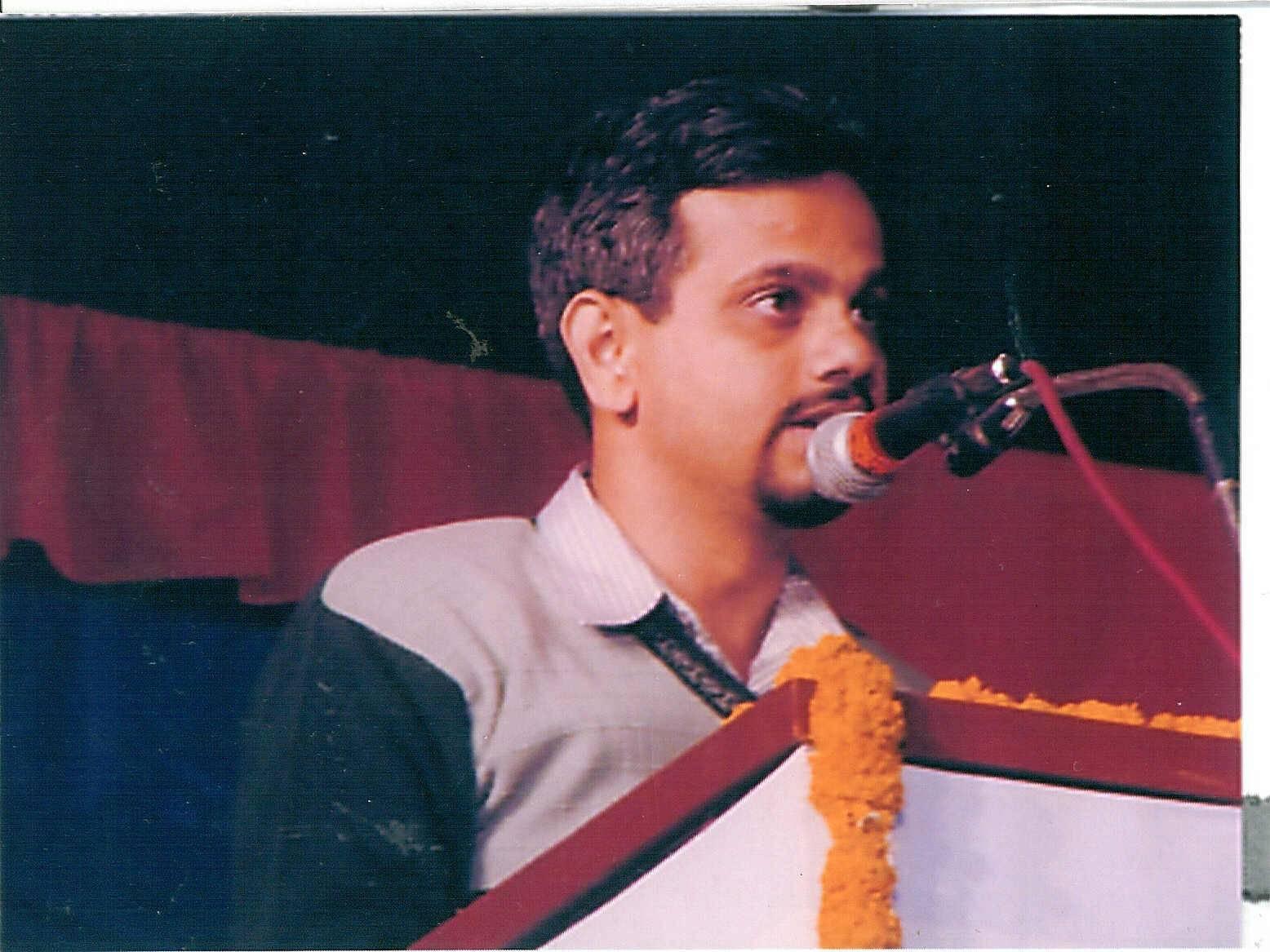 Reading Poetry at Akhil Bhartiya Marathi Sahitya Samellan Nashik, 2001