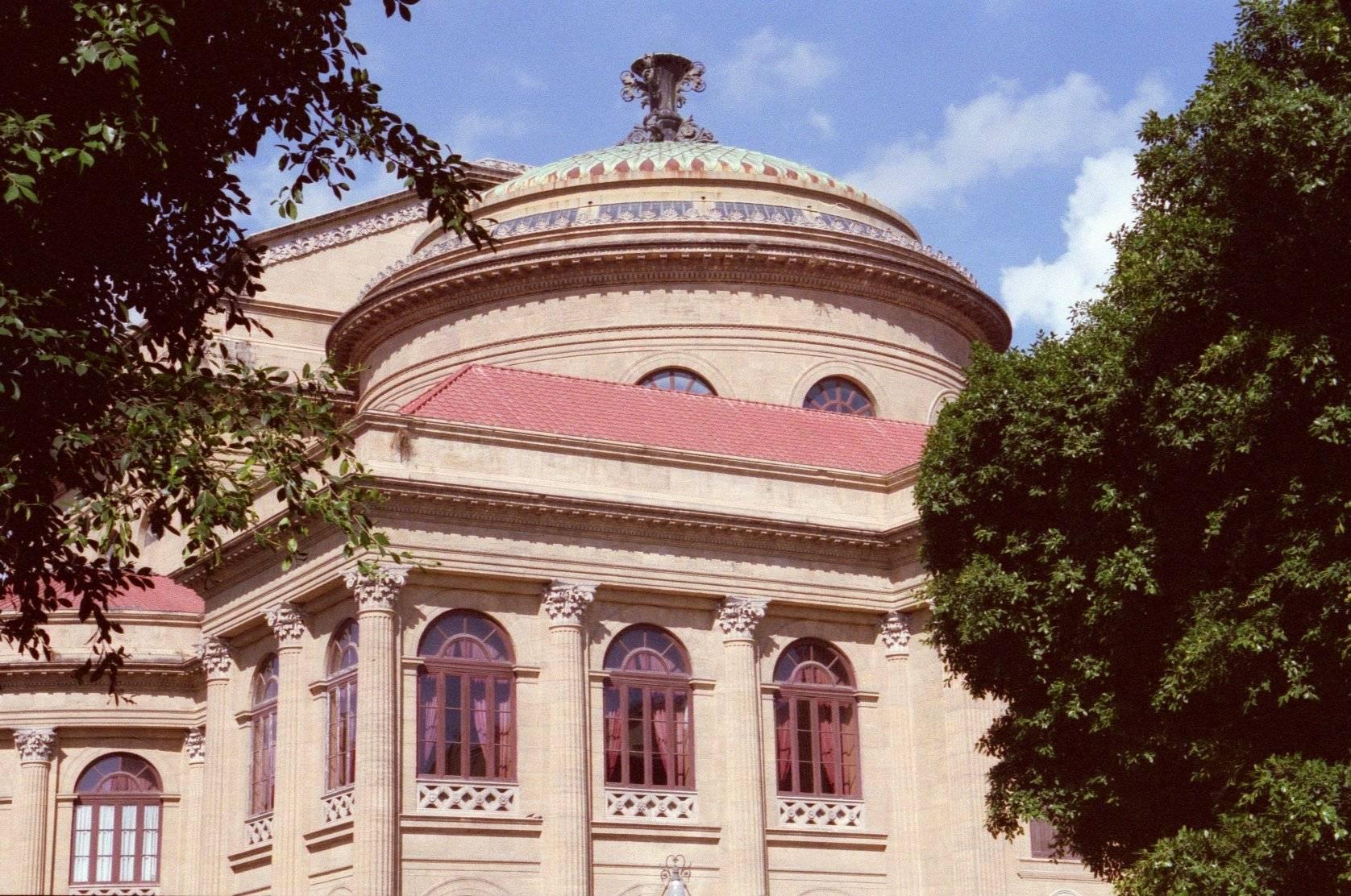 ref: A7 Teatro Massimo ' opera house '