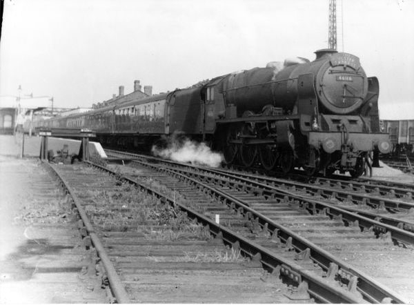 """46116 """"Ulster Express"""" diverted"""