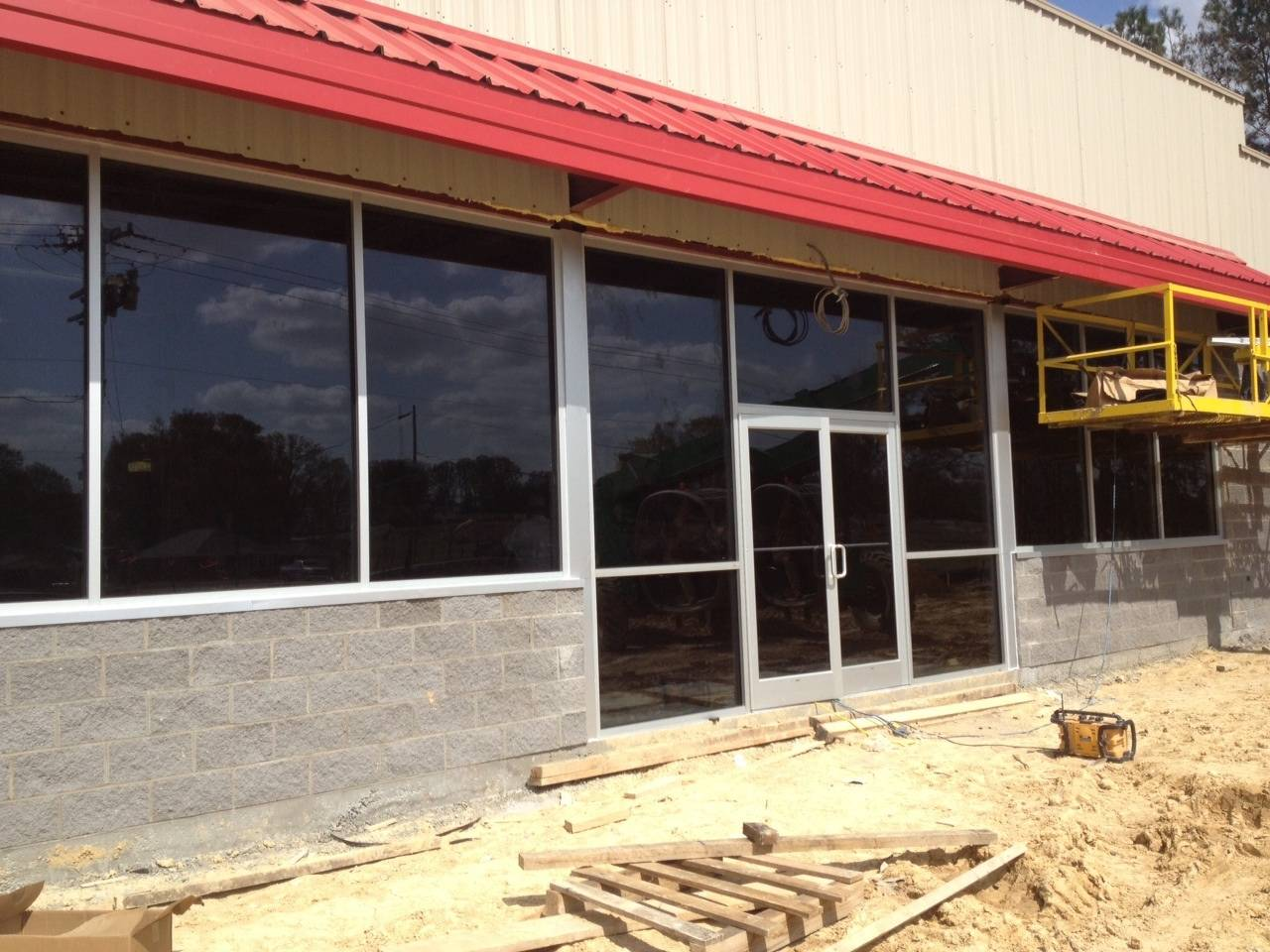 After Glass Added to Storefront
