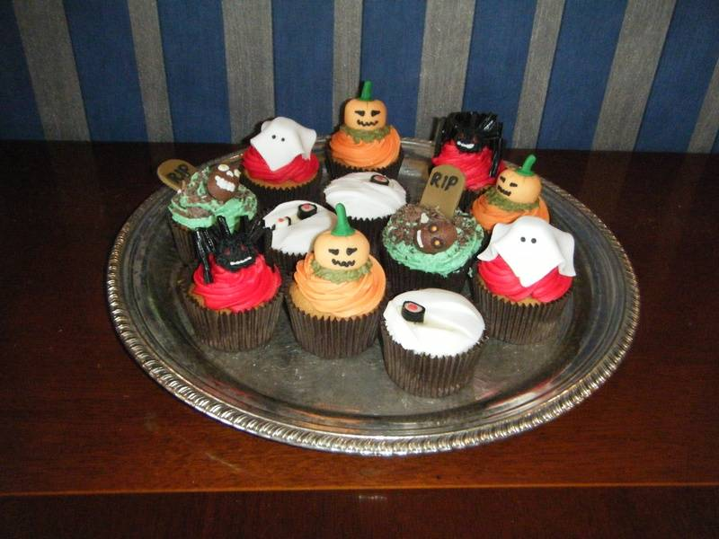 The Cup Cake Familly