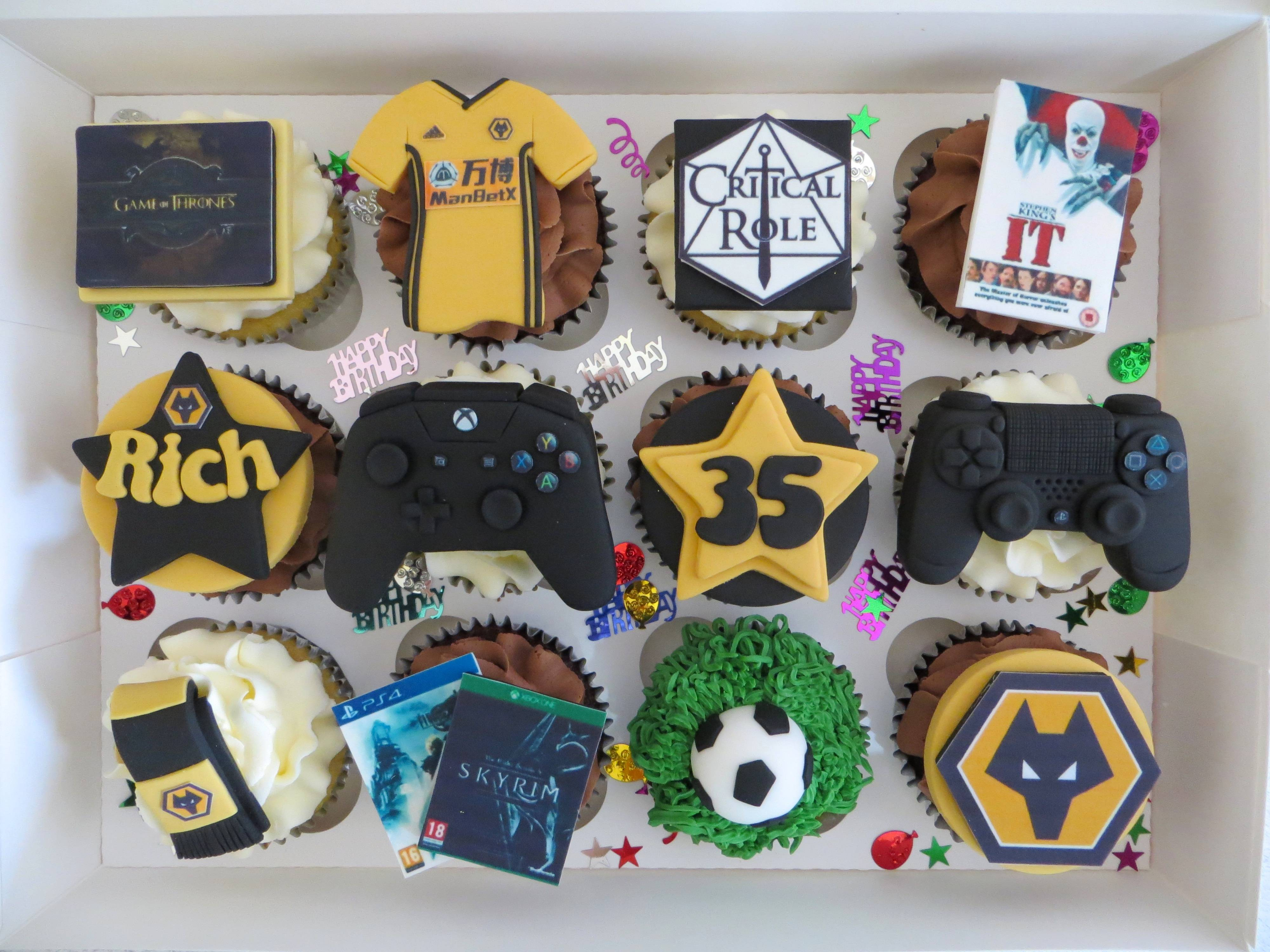 Rich's personalised birthday cupcakes