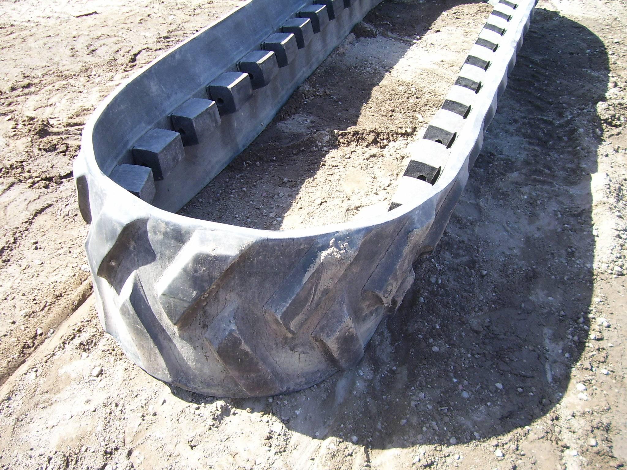 "Camoplast 3500 Series 18"" Belt"