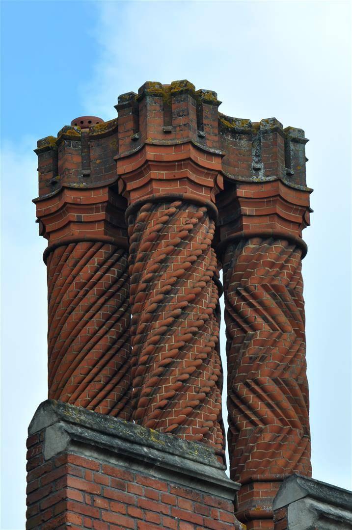 Chimney Design, Hampton Court
