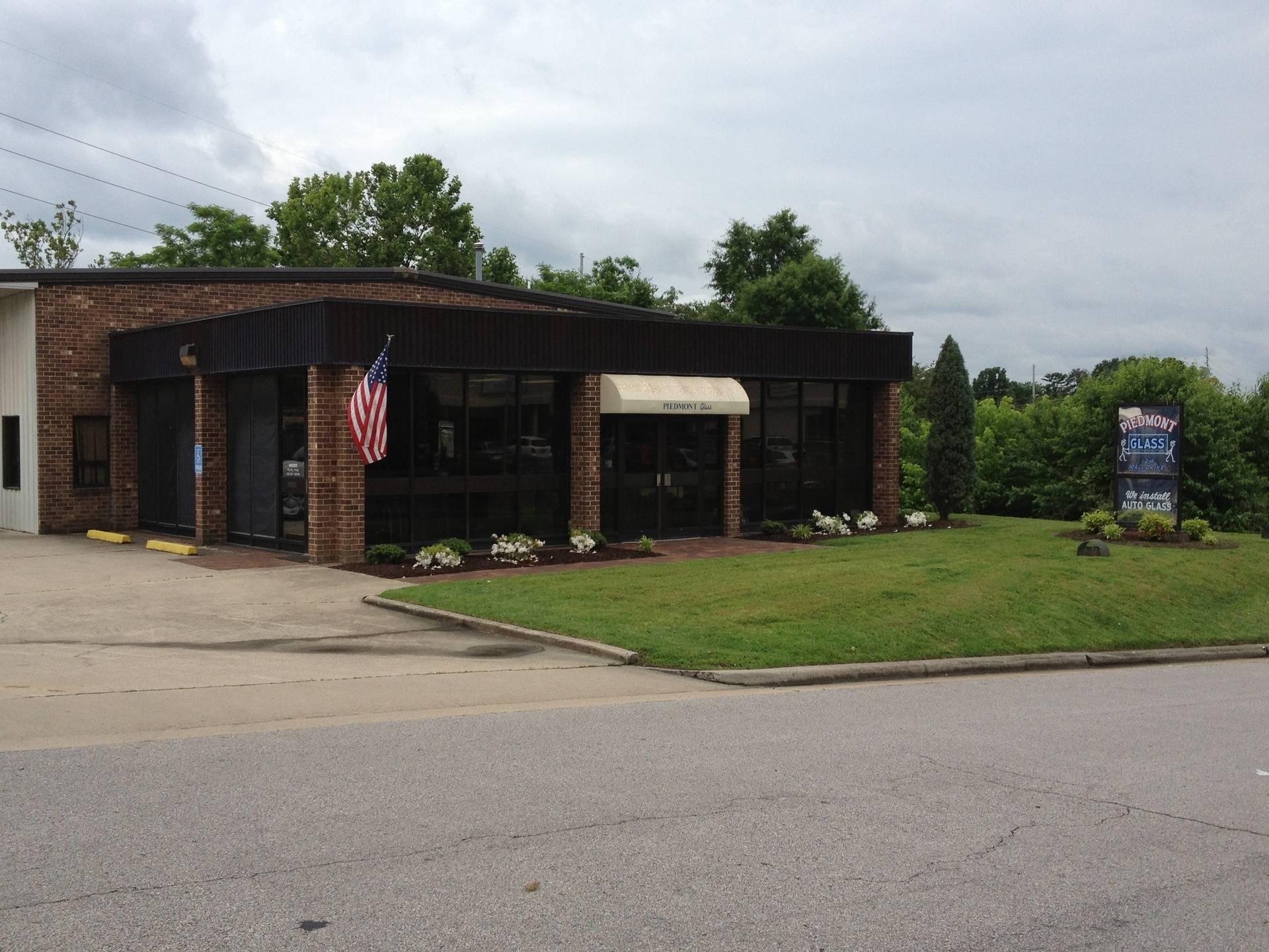 Piedmont Glass, 124 Mall Drive, Danville, Virginia, 24540, United States