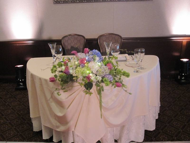 Sweetheart Table - with twinkle lights!