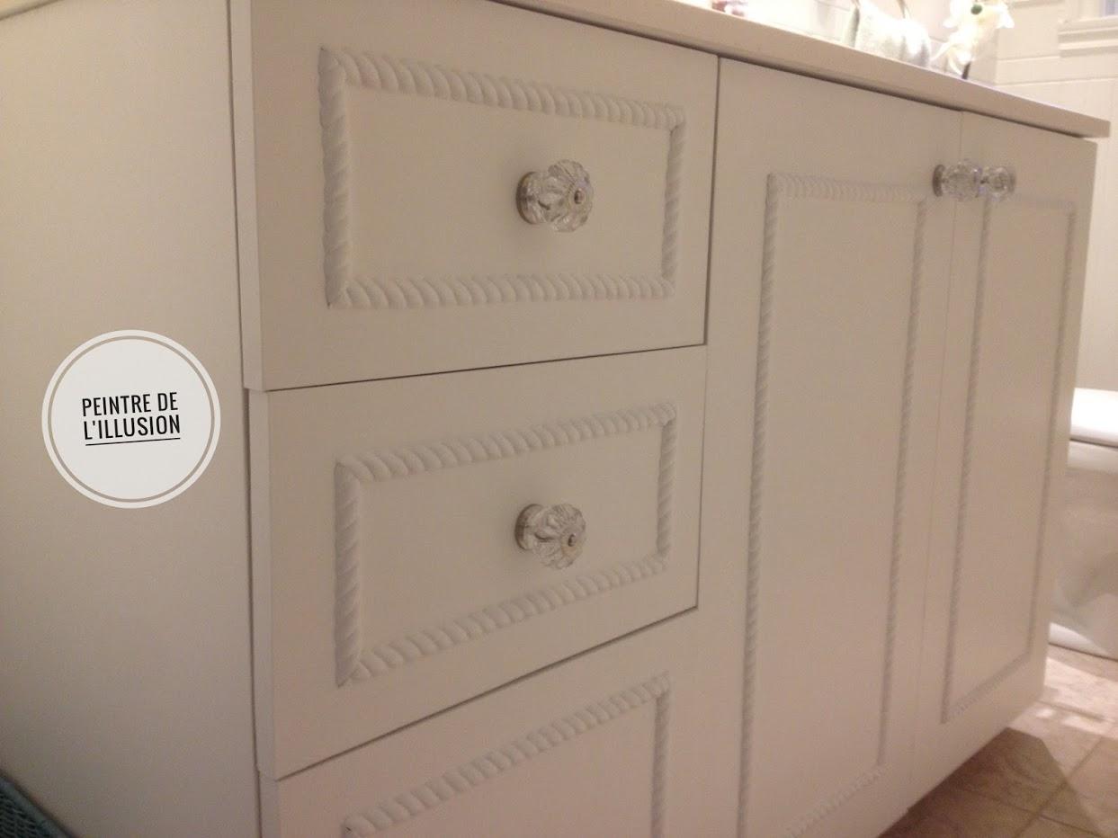 Cabinets peint Old White - Moulures flexible Efex