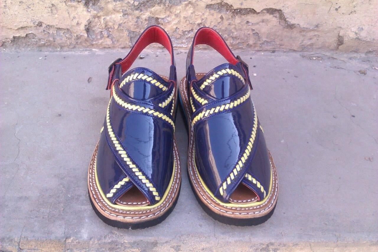 Thaqafah Peshawari sandals