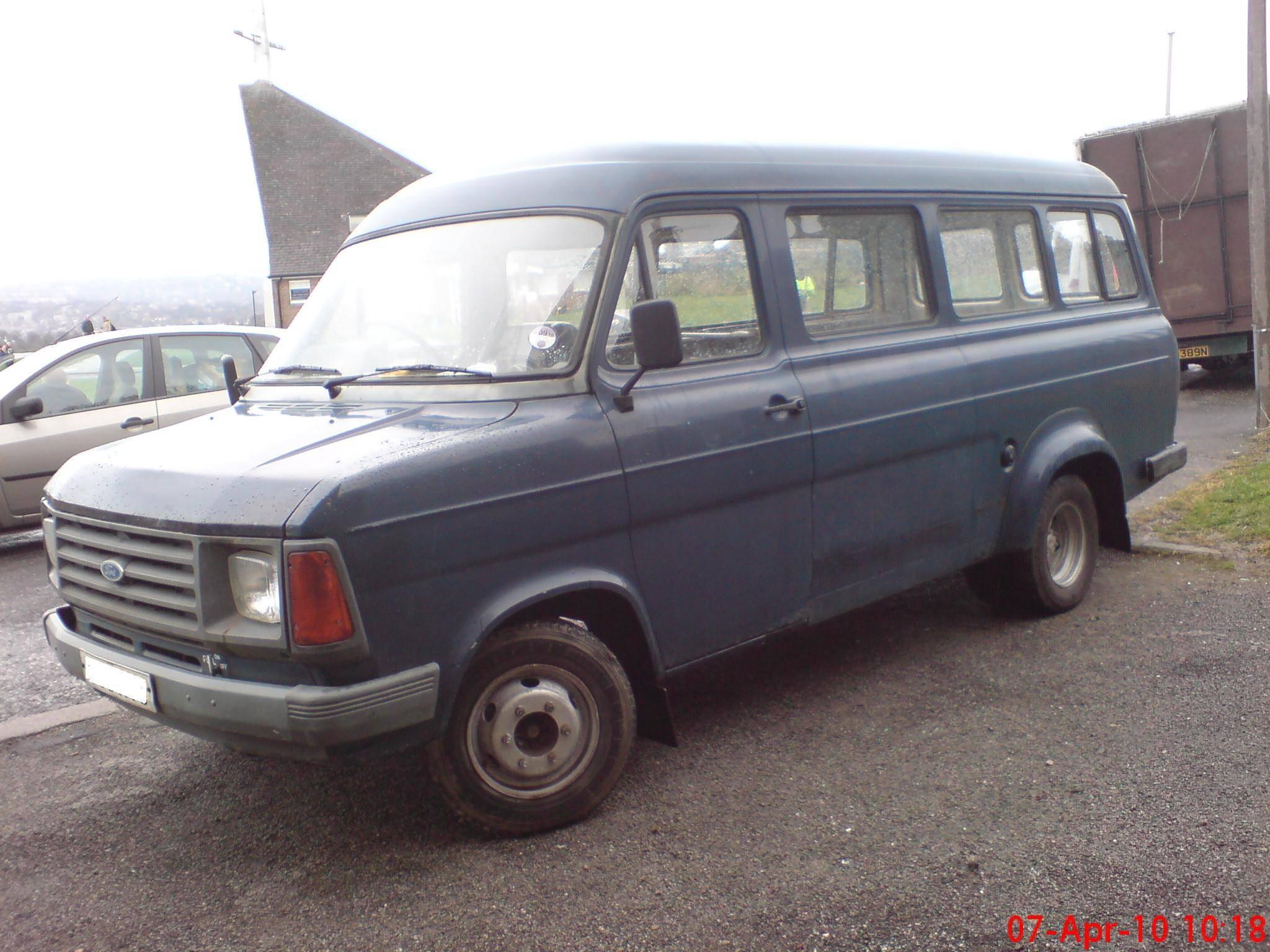 1985 Ford Transit Crewbus