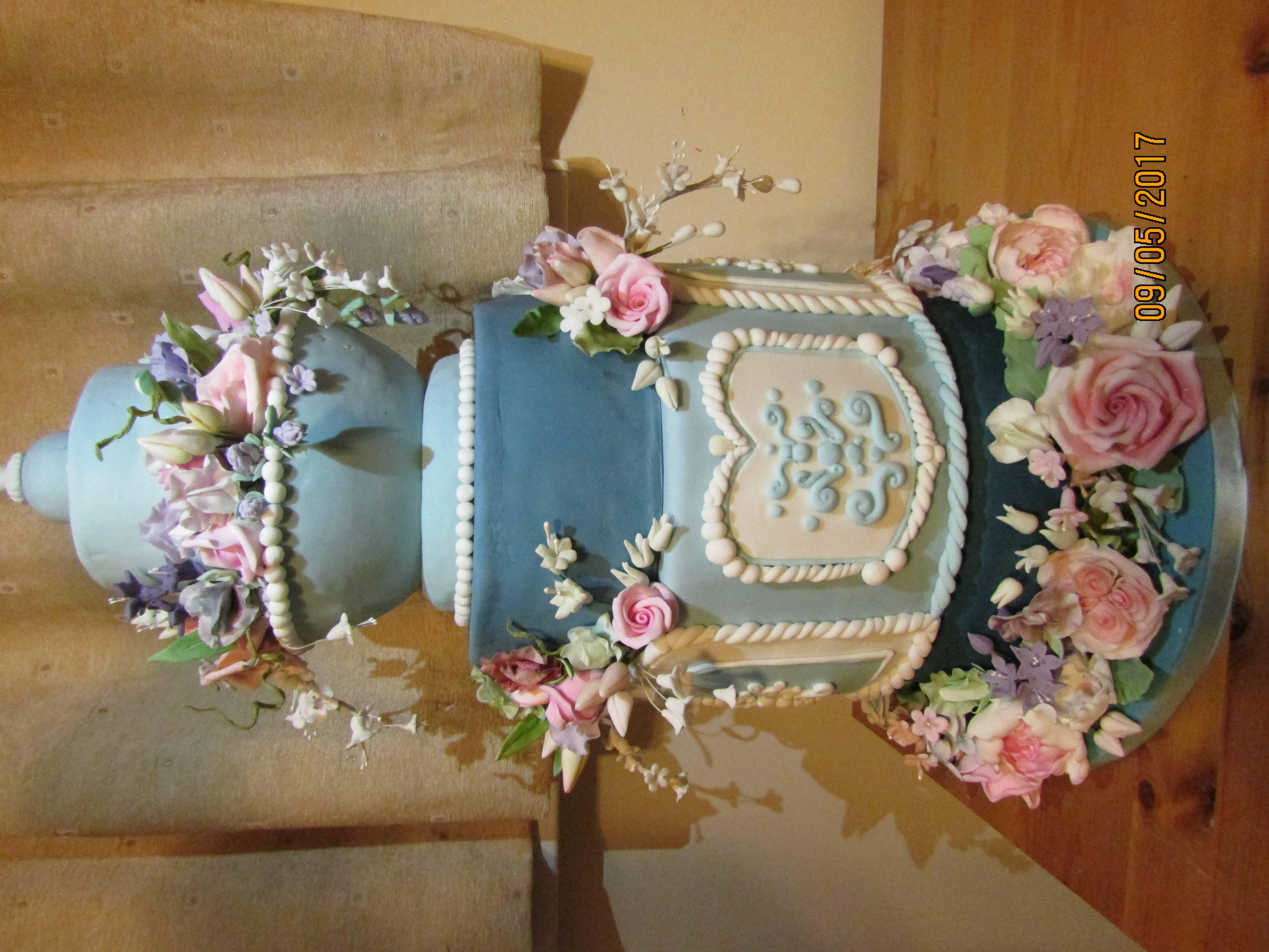 Wedgewood Blue Floral Cake
