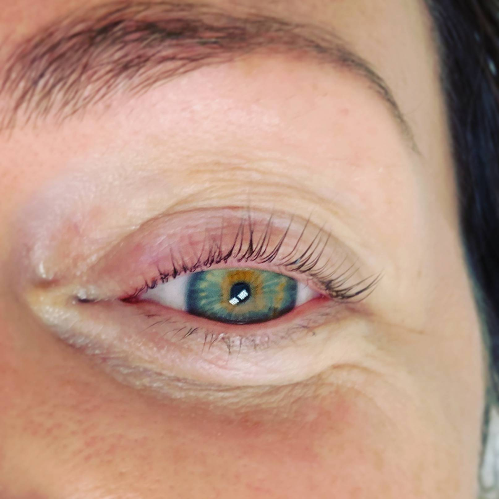 Wimpernlifting bei Mila