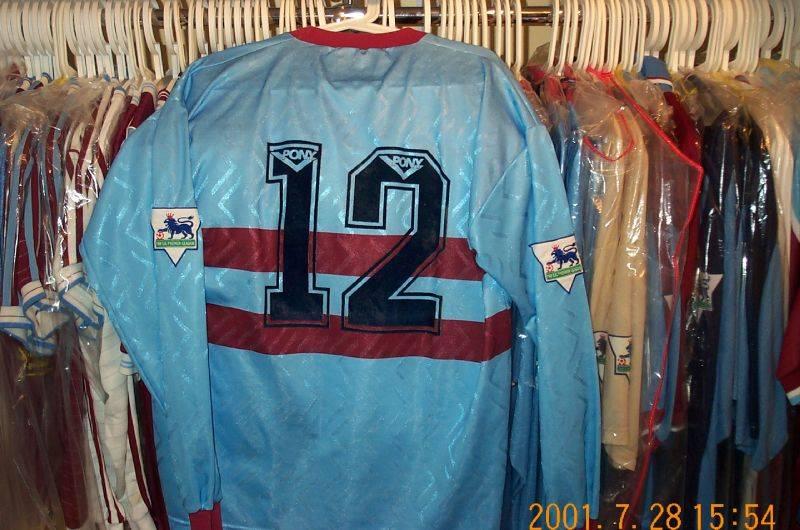 !993/95 away subs shirt