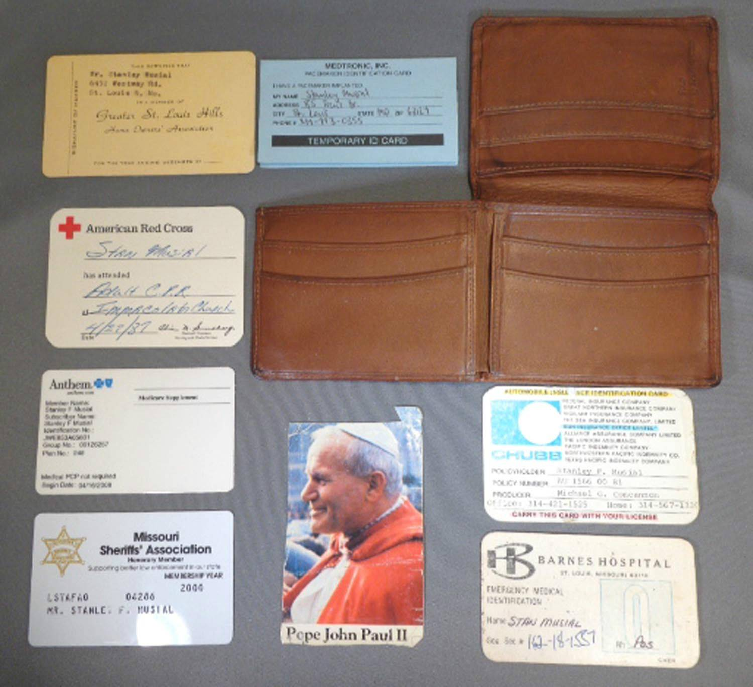 STAN MUSIAL's OWN WALLET INCLUDING GREAT CONTENTS FROM MUSIAL ESTATE
