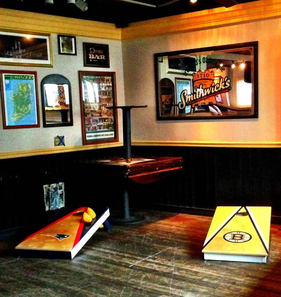 Cornhole Bar Set-up