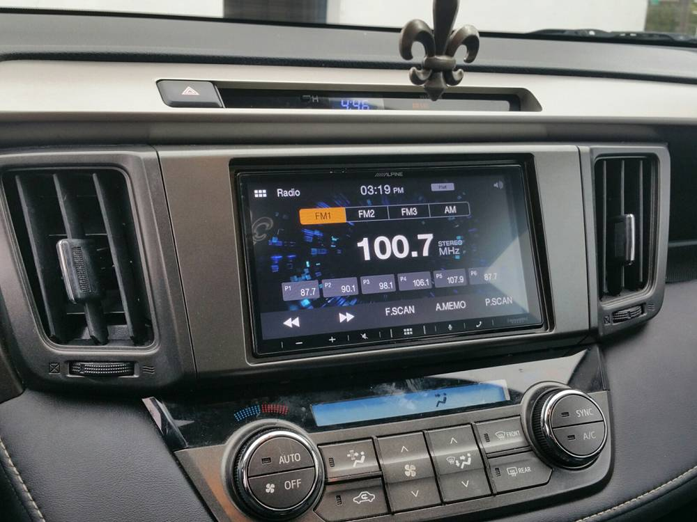 2014 Toyota Rav4 XLE Alpine Apple CarPlay Android Auto Factory Camera