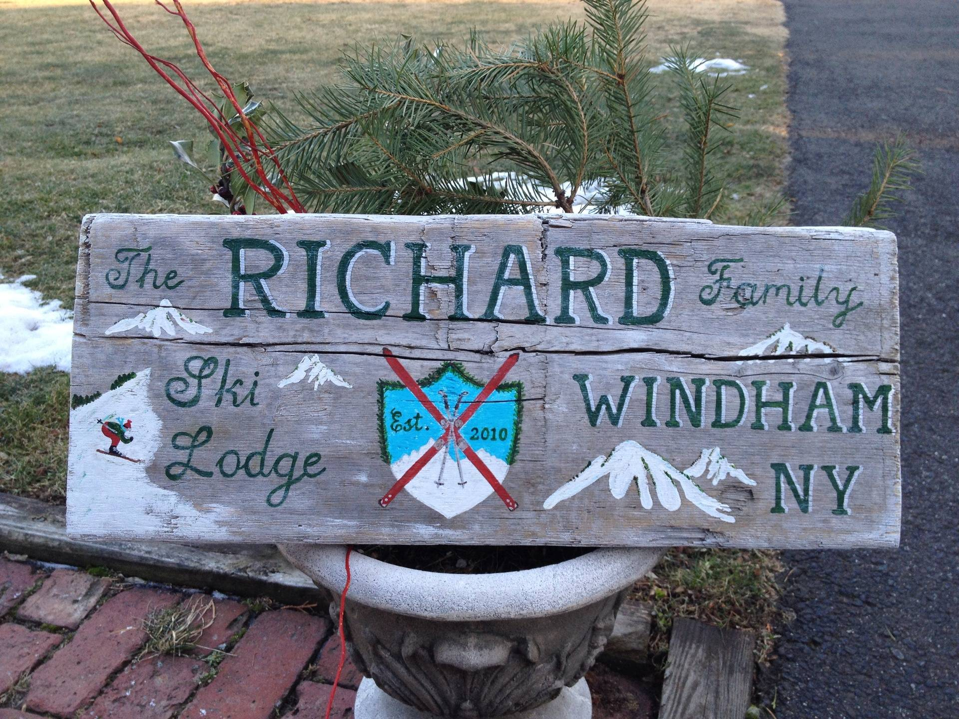 Family Lodge Sign