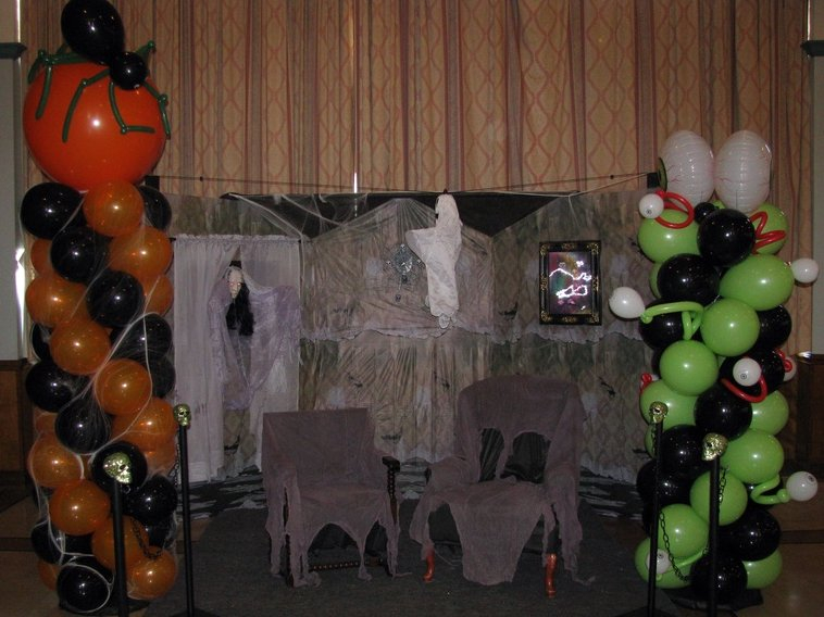 Halloween -- Haunted Mansion