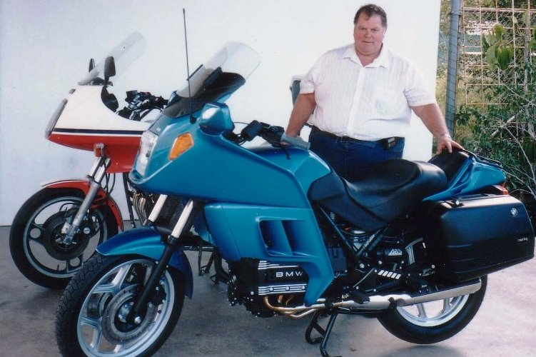 The parting of my XJ900 and the Birth of my New K75RT - June 1994