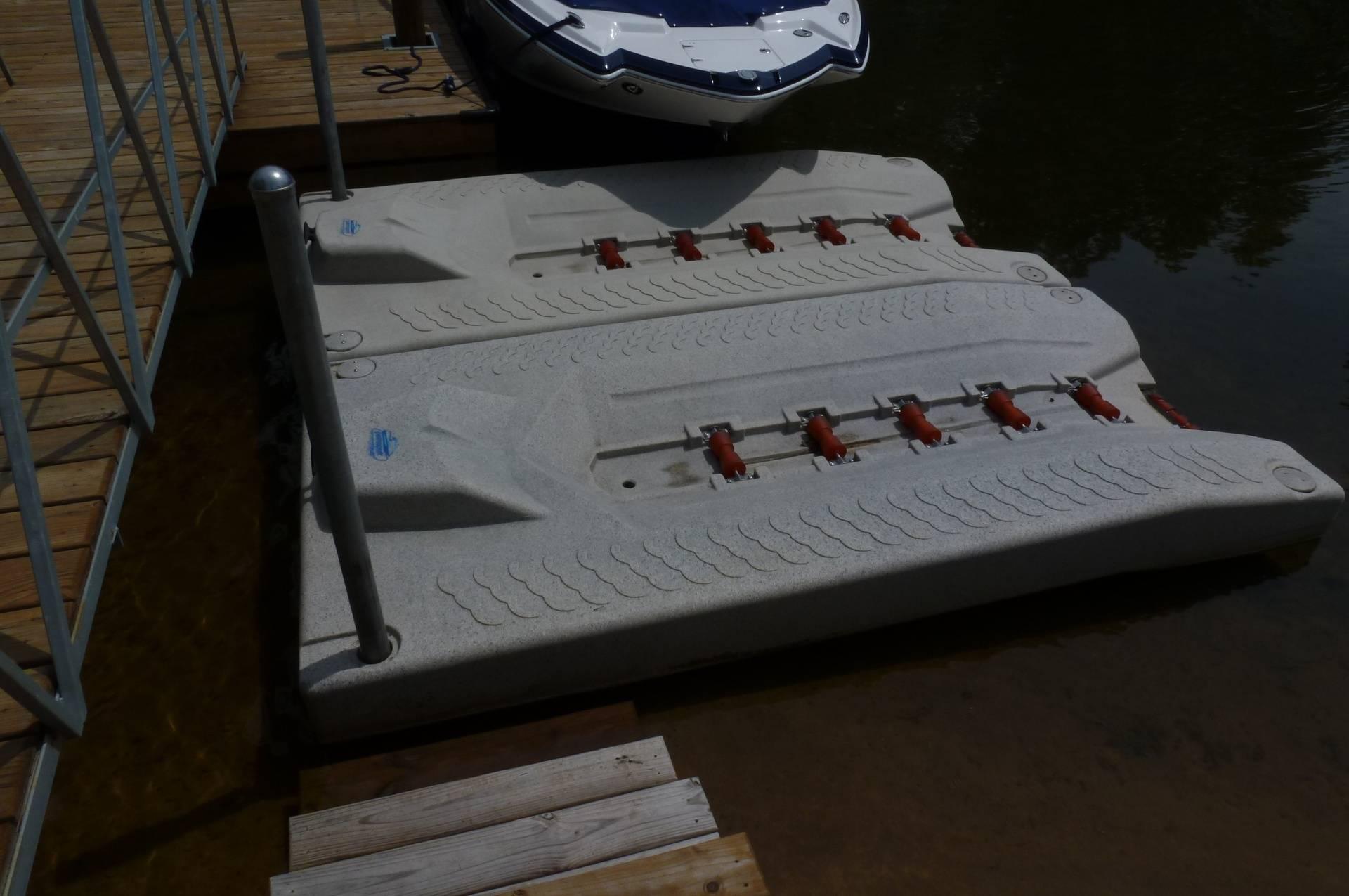Floating PWC docking stations