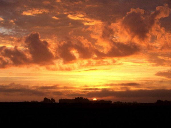 Riverton Highway Sunset - the big picture
