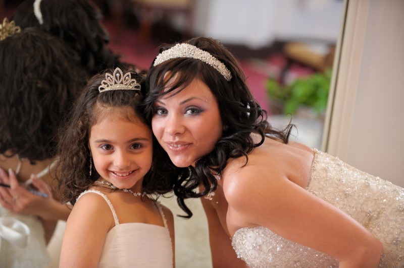Mother & Daughter, Flowergirl & Bride