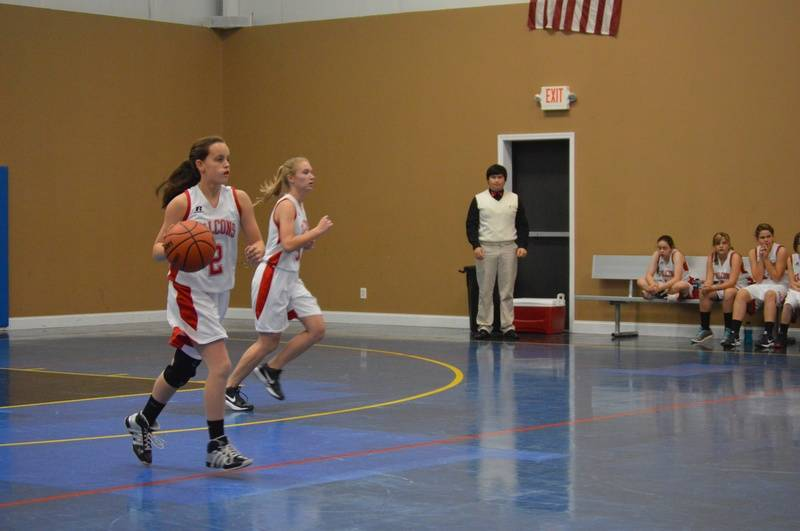 Lady Flacons Basketball Hustle