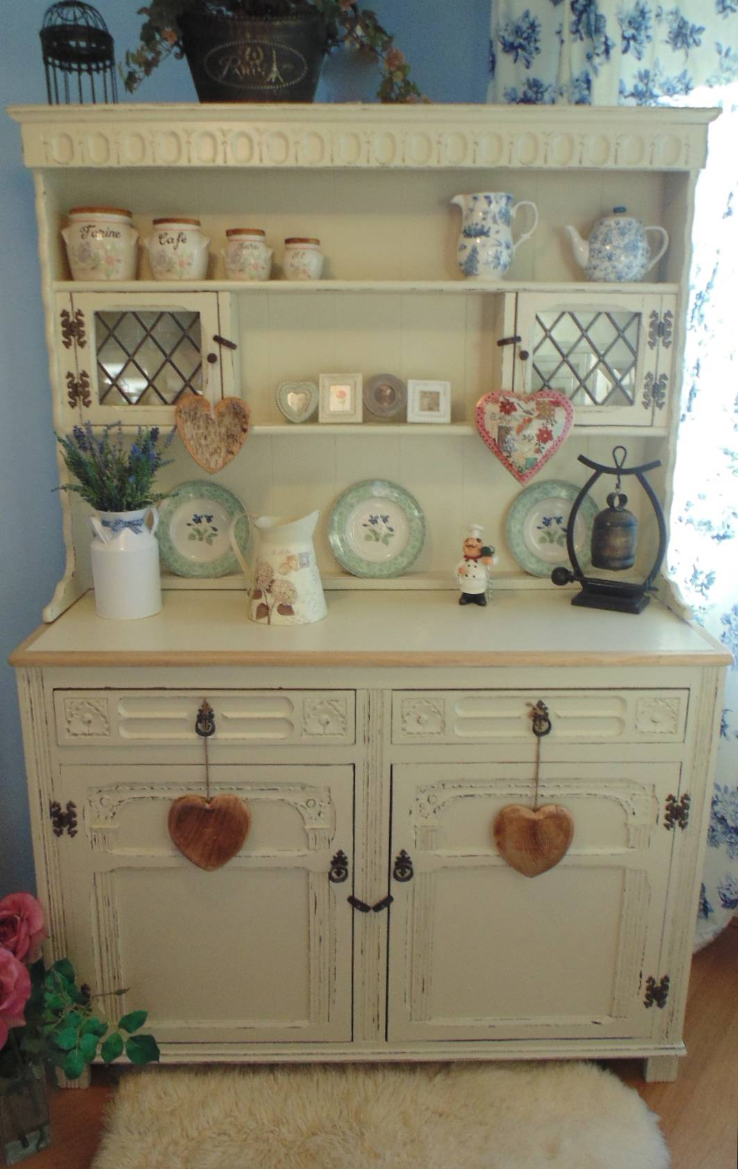 2 Door Old Charm Dresser with Painted Work Surface in Off White
