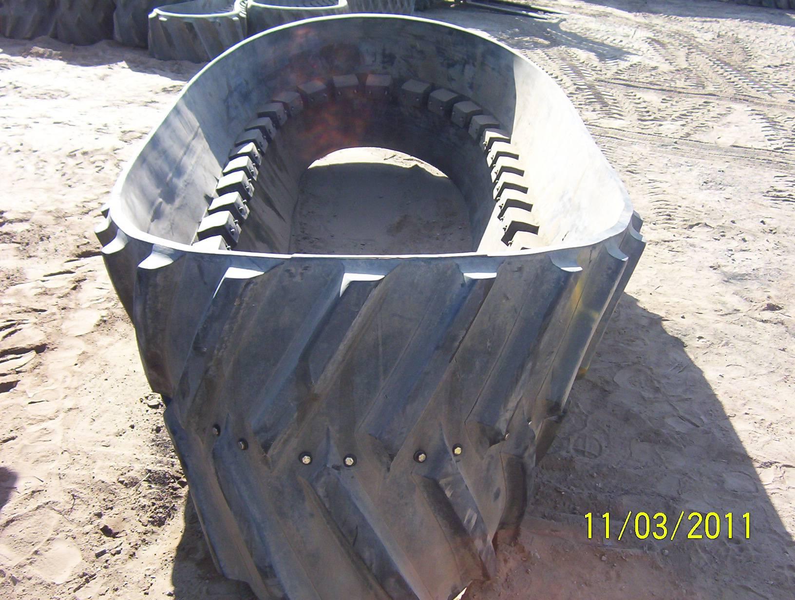 "Camoplast 3500 Series 32"" Belt @ 80%"