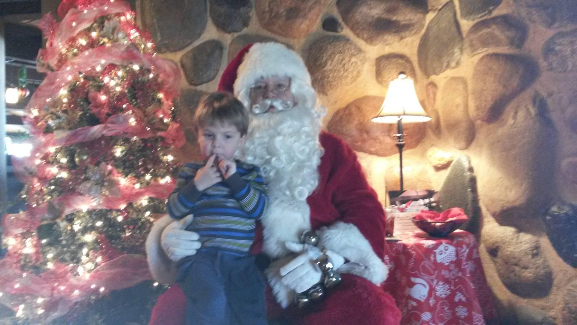 Sunday Brunch with Santa at Lake Lawn Resort