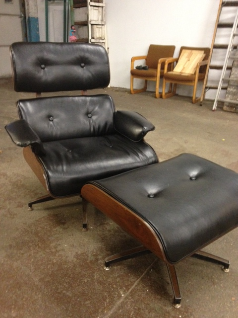 Chair with ottoman-after