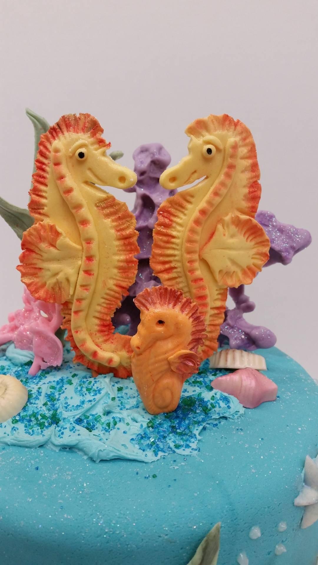 Gumpaste Seahorses