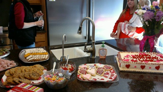 Yummy refreshments and cake
