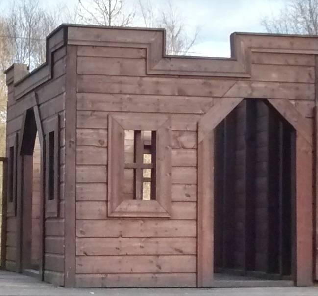 Wooden Castle | Playhouse (7' x 5')