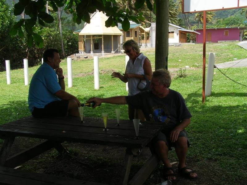 Segeltörns und Kojencharter in der Karibik und der Grenadinen. Mitsegeln in der Karibik und Karibik Reisen