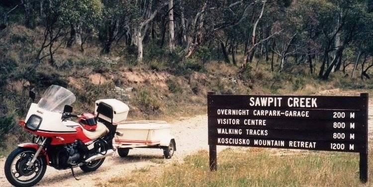 Tom's XJ900 & Trailer at Sawpit Creek - Feb 1994
