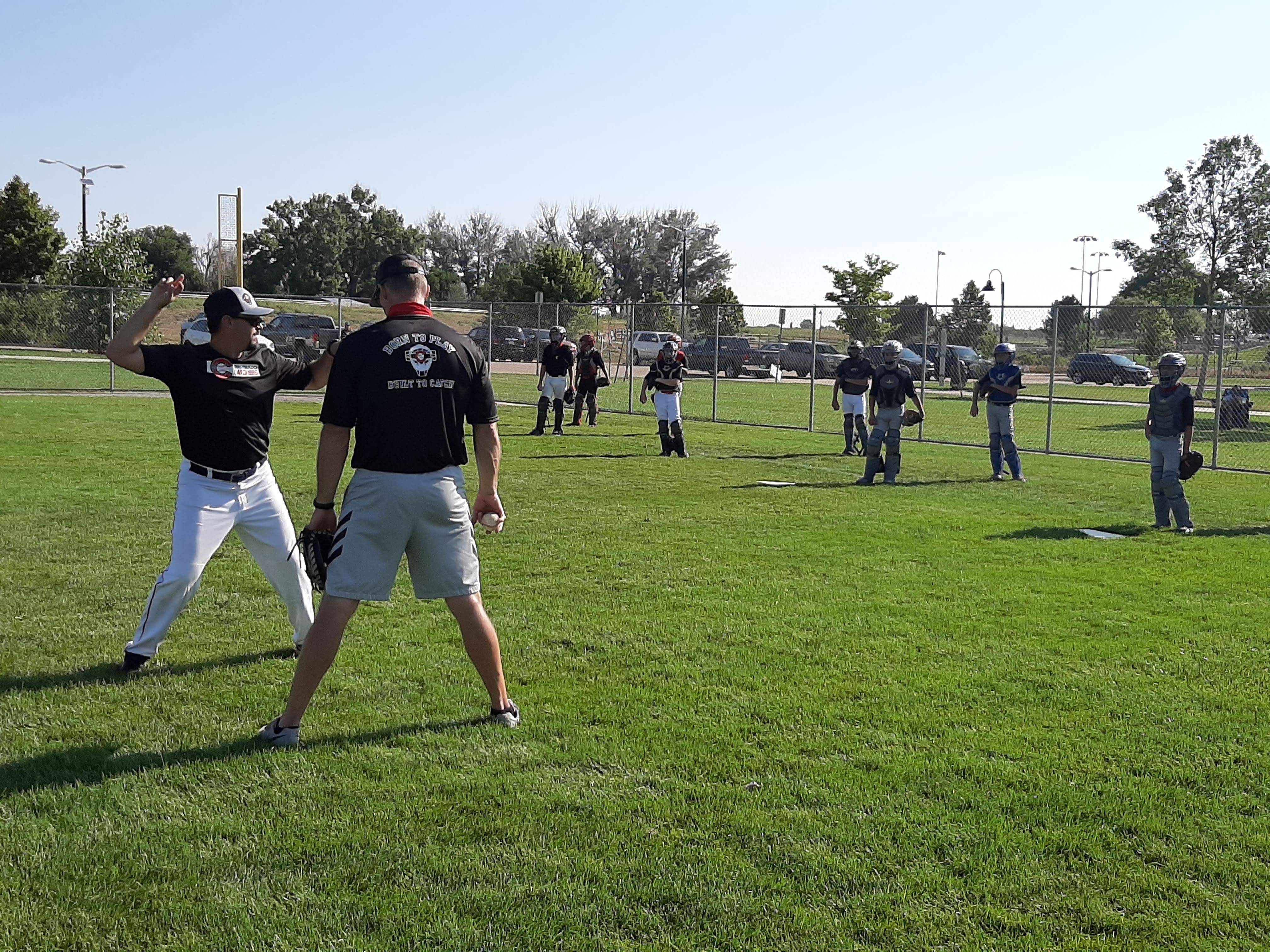 Instruction on throwing footwork