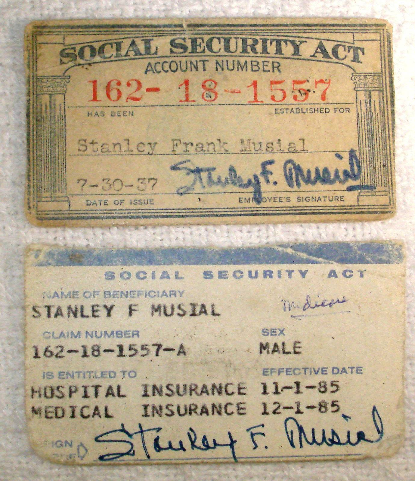 STAN MUSIAL's OWN 1937 Social Security & 1985 Medicare Cards FROM MUSIAL ESTATE