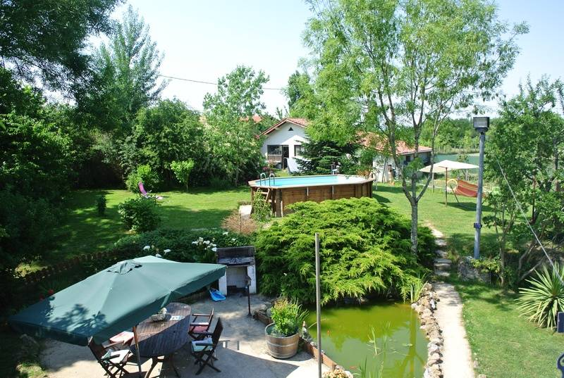 The Garden and pool in the summer