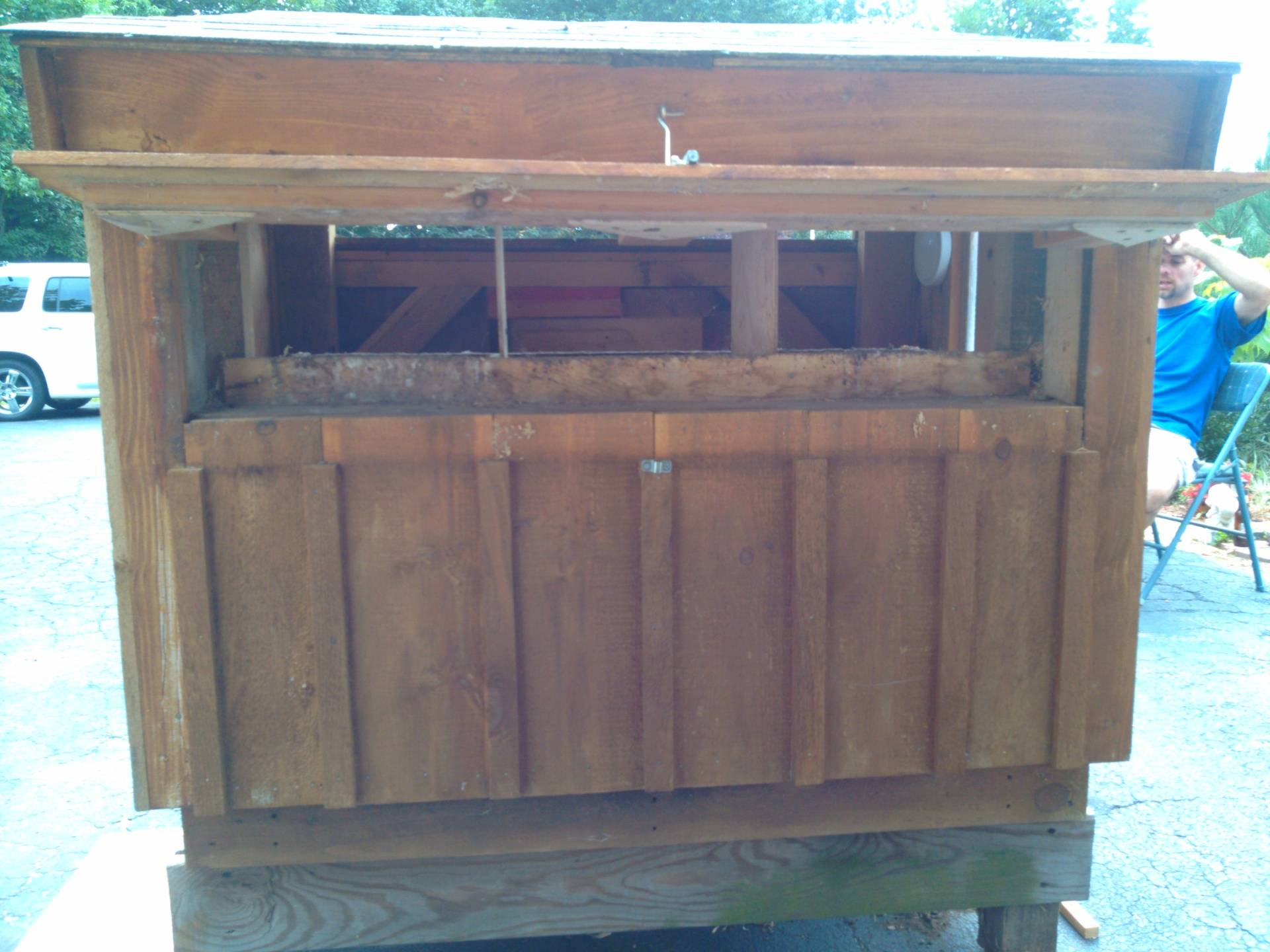 nest box access