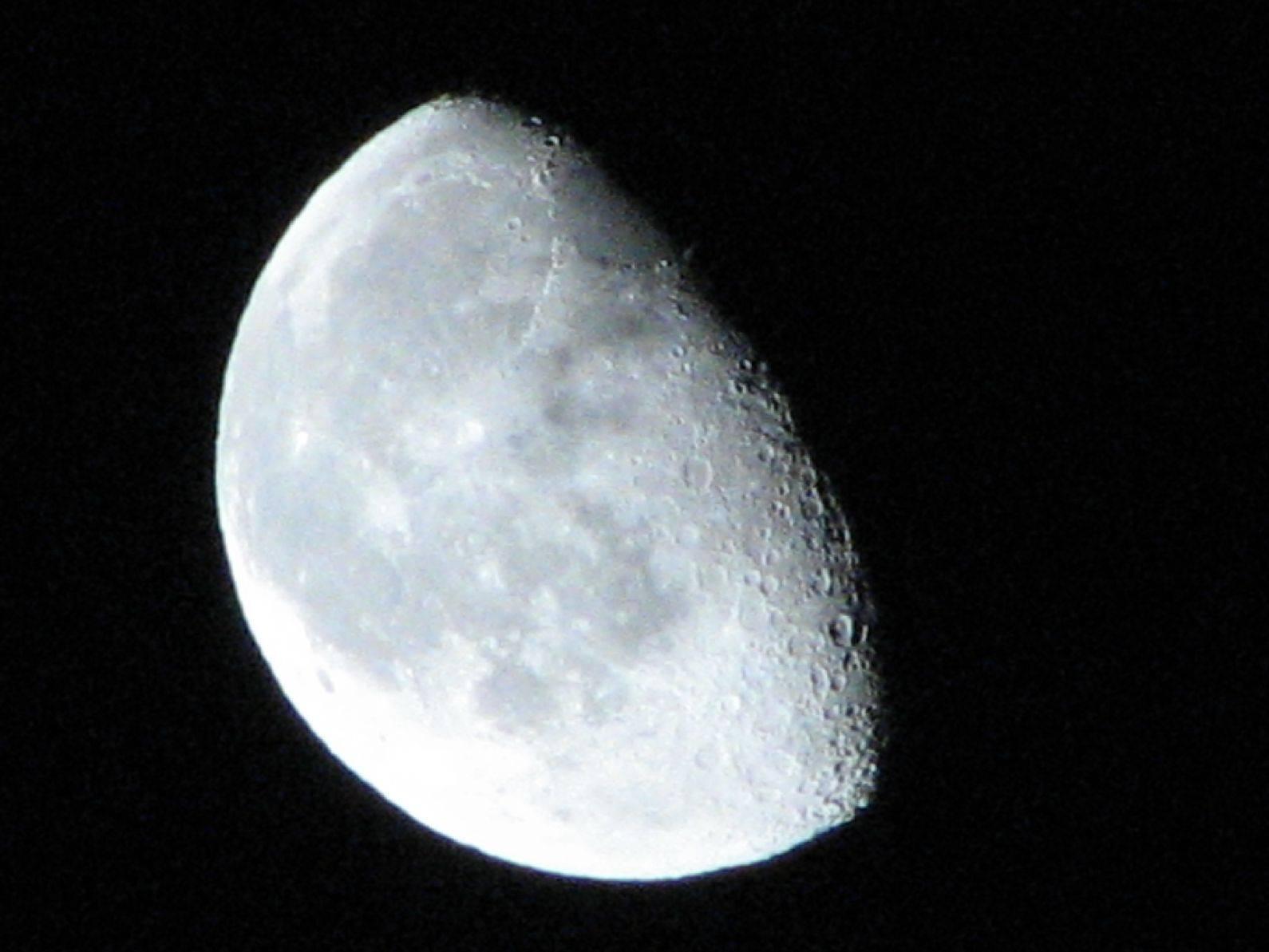 Big White Moon