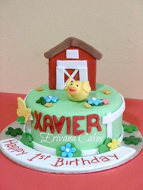Farm animals cake 3