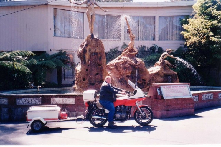 Tom's with his XJ900 & Trailer at the 3 Sisters in the Blue Mountains Oct 1993