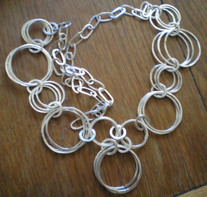 Fine silver loop necklace