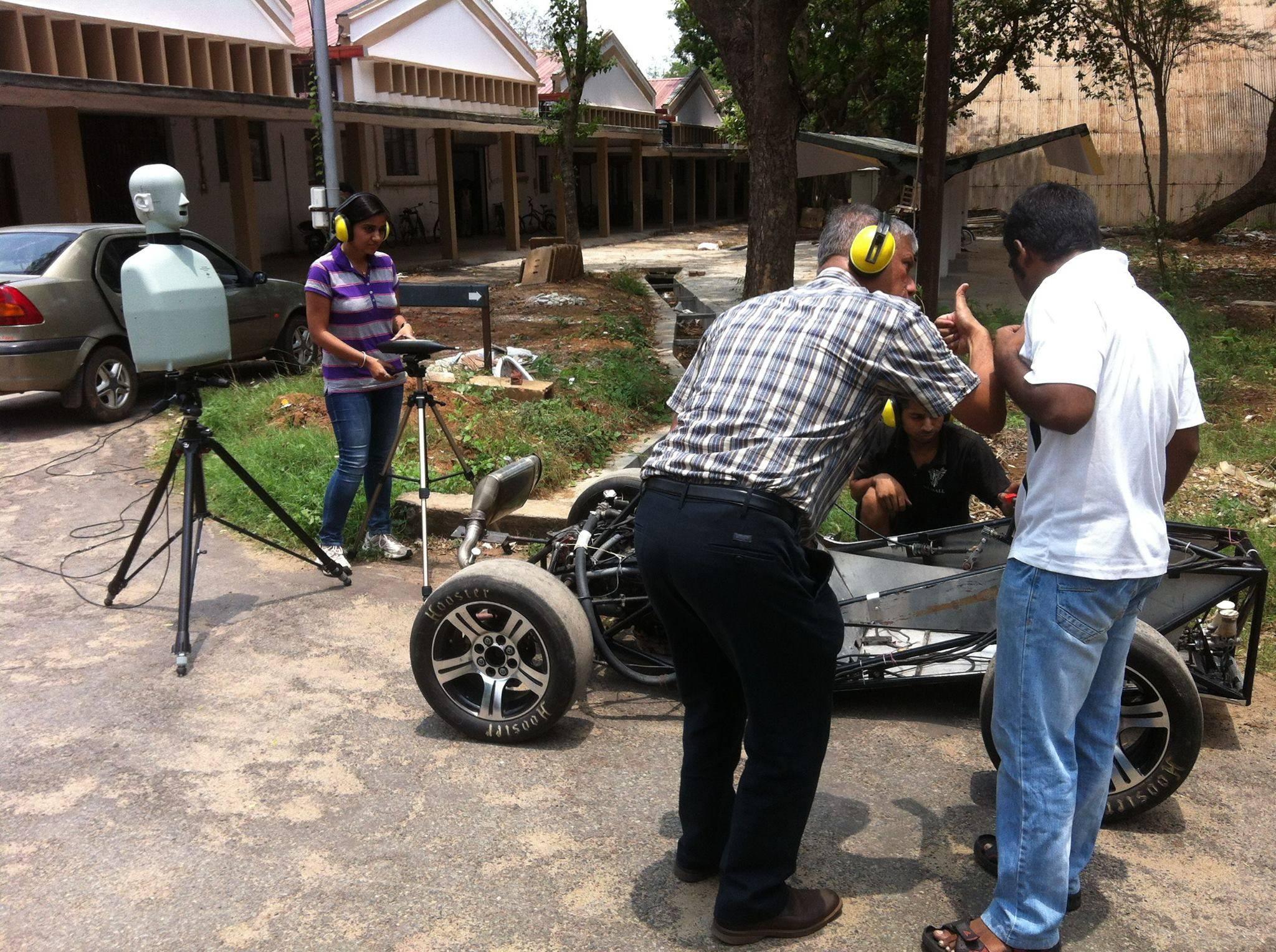 FSAE Car Noise Test