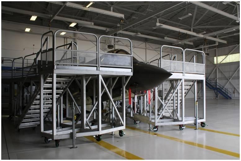 F-35 Maintenance Stands