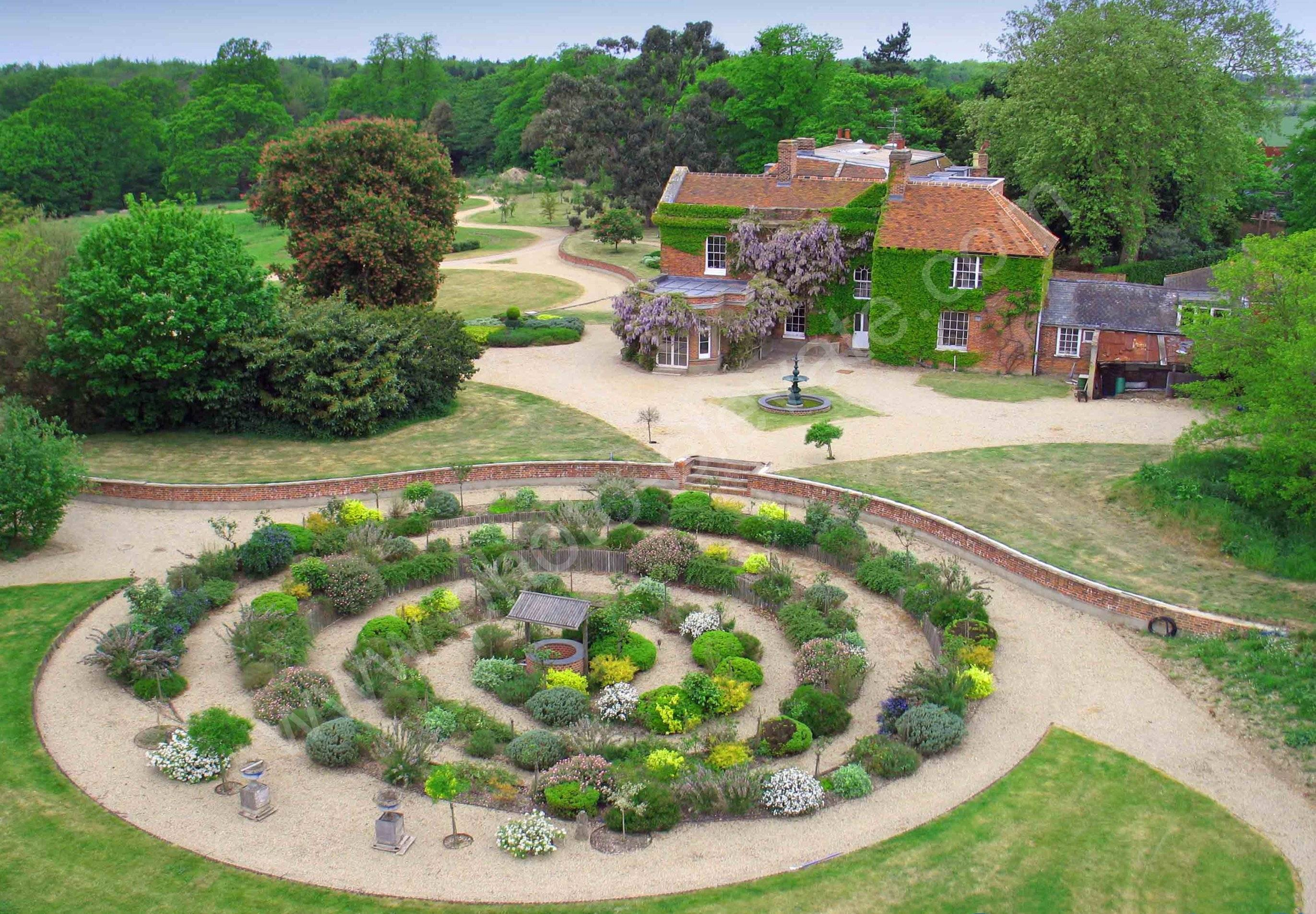Ailsford House Gardens